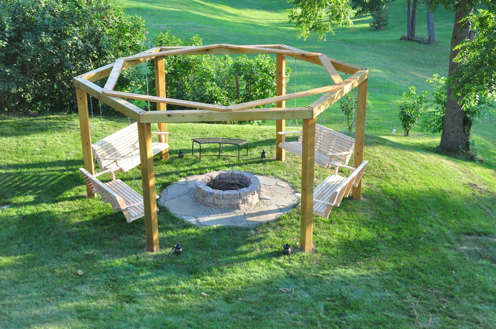 Porch swings fire pit circle porch swings patio swings for Round porch swing